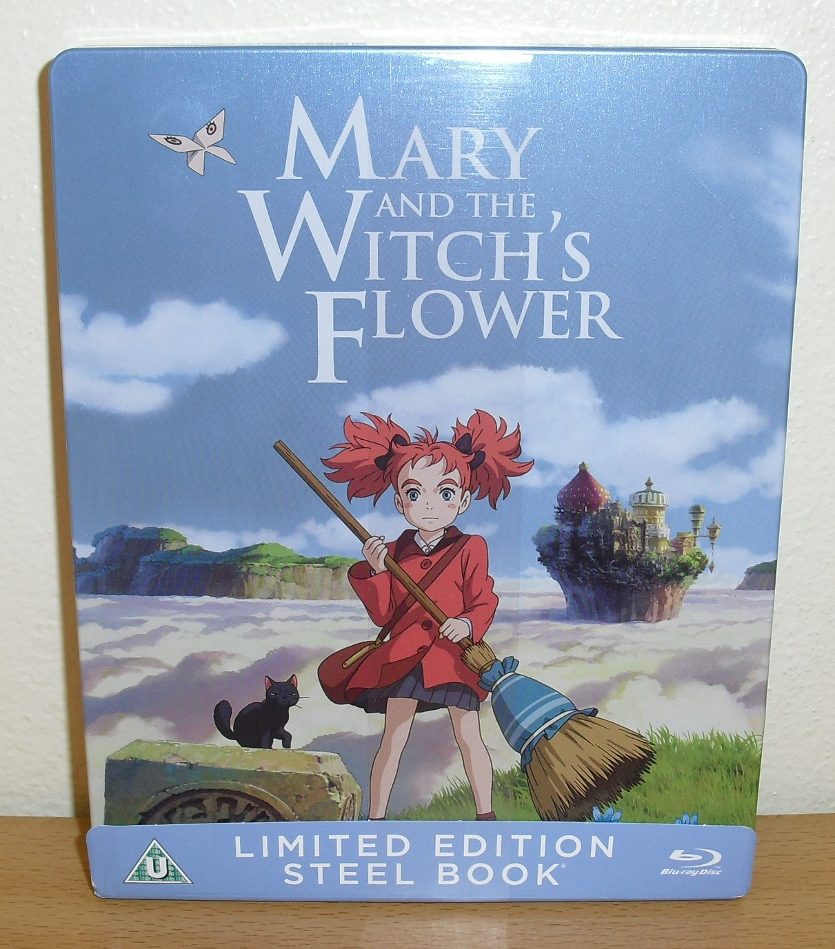 https://cld.pt/dl/download/6125ed8b-8d7b-4961-910d-00e4869ab22a/Mary.and.the.Witchs.Flower.Steelbook.%281%29.JPG