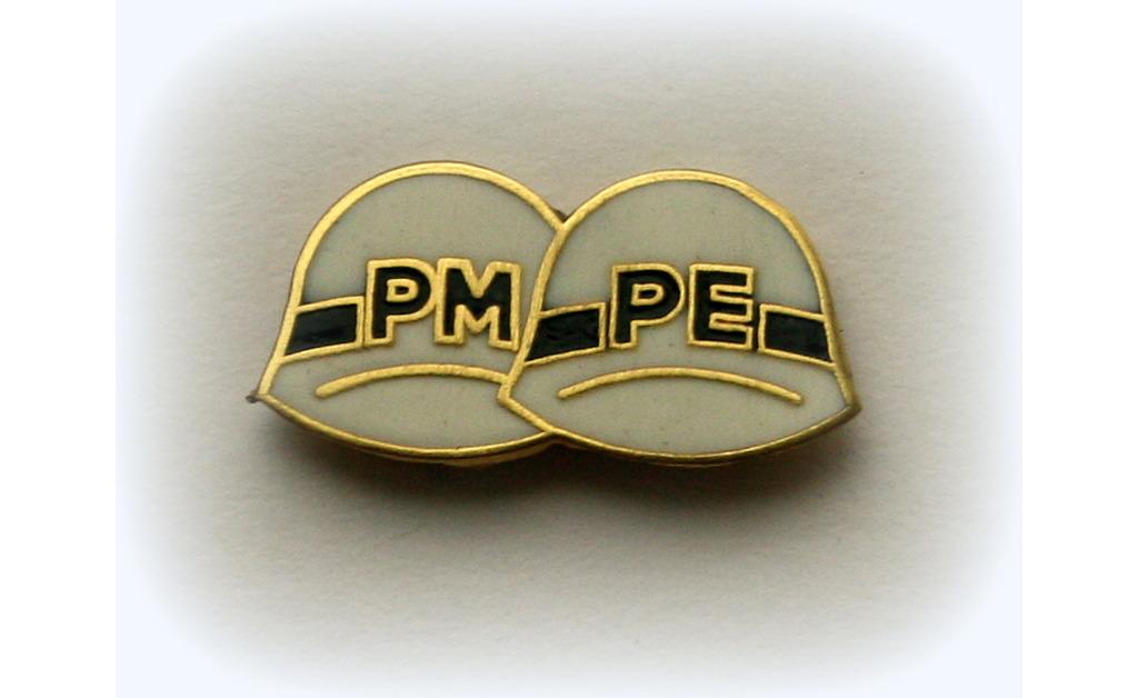 PIN PM-PE LAPELA