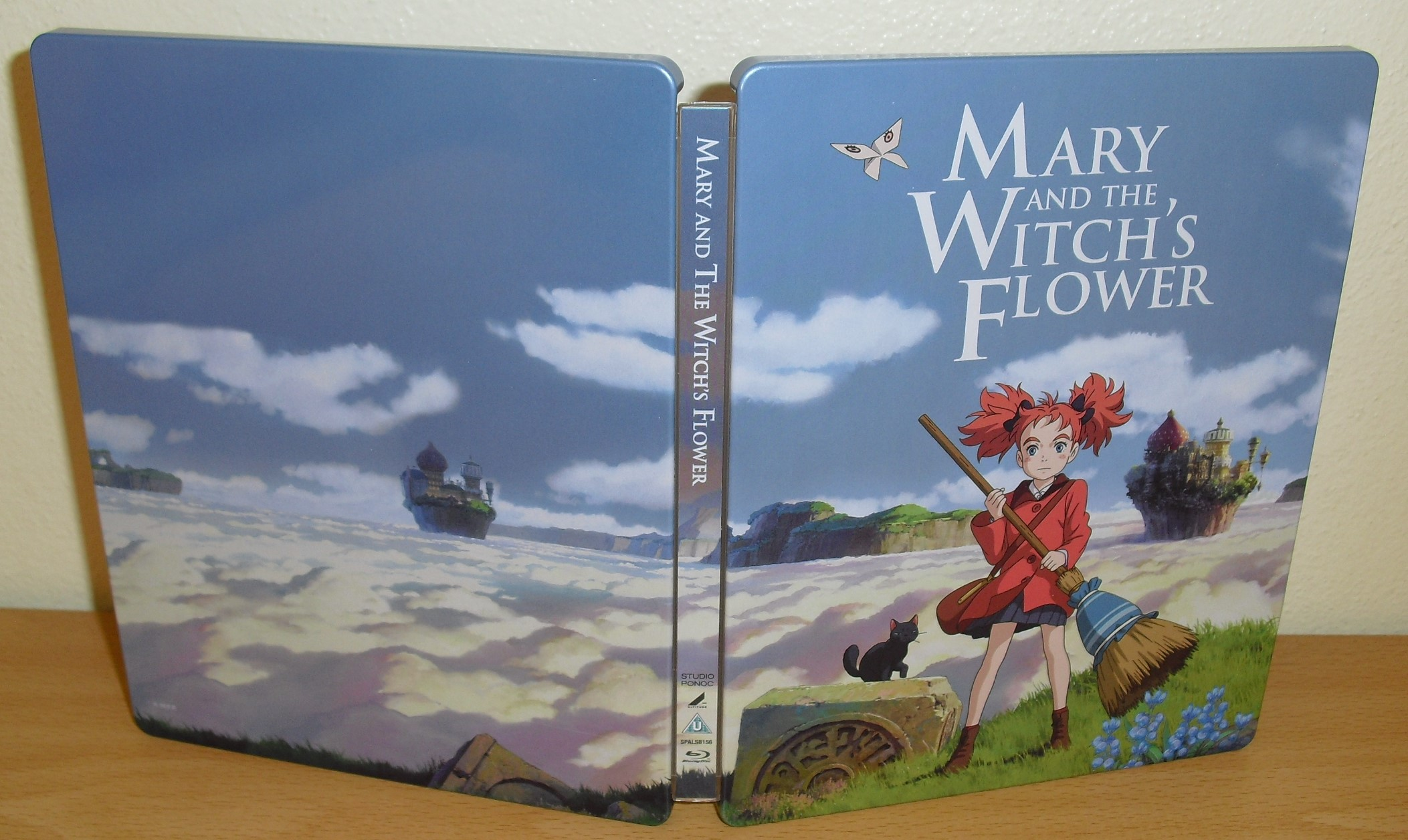 https://cld.pt/dl/download/f0ab58ac-9f45-4cb1-b59c-734a6b97e2d8/Mary.and.the.Witchs.Flower.Steelbook.%286%29.JPG
